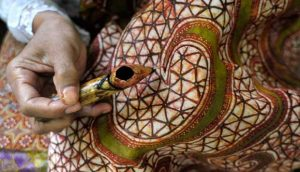 batik-indonesia-travel-justgoindonesia-java-destination