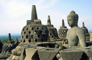 borobudur-temple-indonesia-travel-justgoindonesia-java-destination