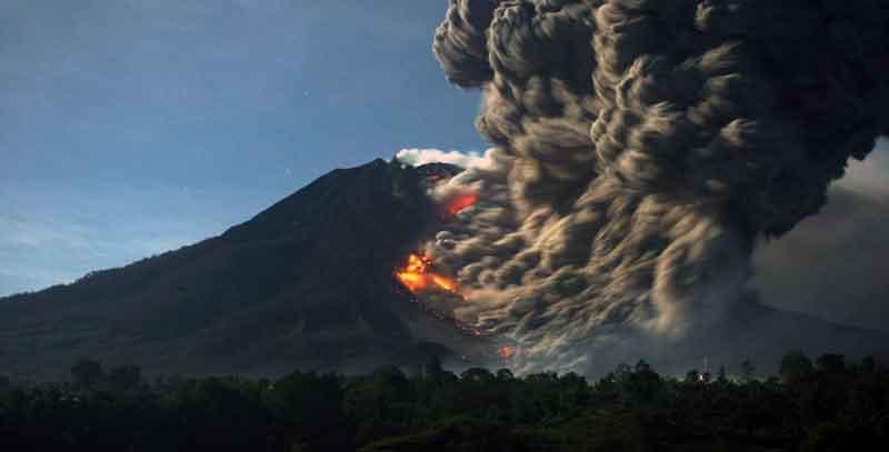 sumatra-destination-indonesia-justgoindonesia-vulcano travel