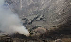 bromo-crater-justgoindonesia-indonesia-travel-3