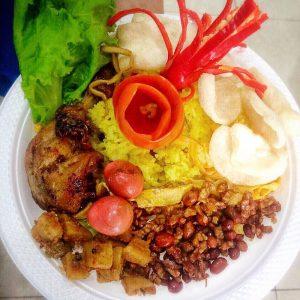 Javanese-tradition-serving-Nasi-Tumpeng-1