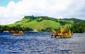 Sentani-Lake,-Jayapura-_-Papua-JustgoIndonesia-2
