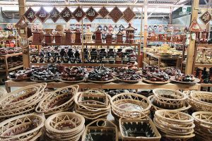 Banyumulek-Pottery-Centre,-Lombok-Island-_-Nusa-Tenggara-3